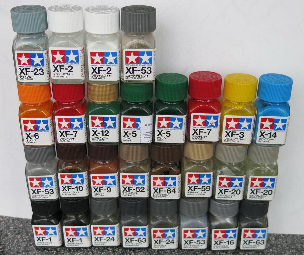 Такой набор красок Тамия пришлось купить для покраски модели линкора.