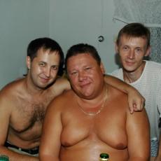 Я и два Саши, Марков и Короленко)) Мои друзья детства.
