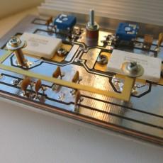Мощный генератор-мультивибратор на транзисторах PTFA211801