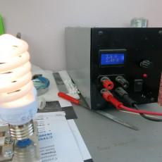 Генератор ВЧ работает даже при напряжении 3,6 вольта, потребляя ток 2,5А