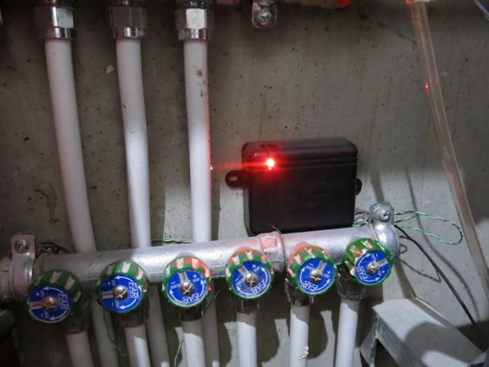 Самодельное устройство для обнаружения протечек воды