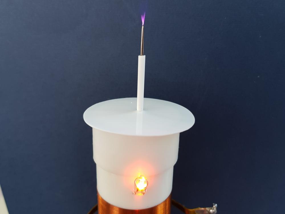 Неоновая лампа для индикации работы качера Бровина